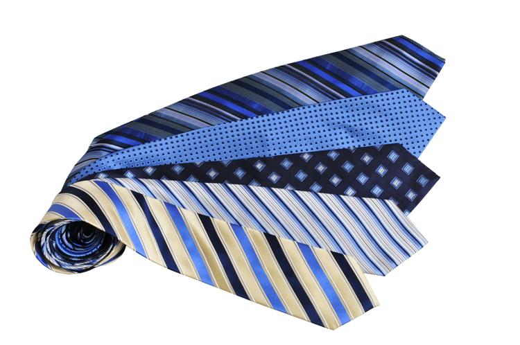 44050612bb MRSALE ár: 3.990 Ft 100% selyem. Adriano Guinari. Adriano Guinari selyem  nyakkendők fav-ny-1-02-22-adriano-nyakkendo-8.