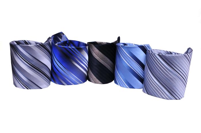 d6a40f662c MRSALE ár: 3.990 Ft 100% selyem. Adriano Guinari, selyem nyakkendő